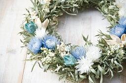 リース 草原で見つけた妖精の花冠♪Coquelicot Azur☆爽やかブルーのリース ナチュラルなグリーンとブルーのドライフラワーリース、【楽ギフ_包装】 【楽ギフ_のし宛書】 【楽ギフ_メッセ入力】