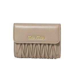 ミュウミュウ 二つ折り財布 ミュウ ミュウ MIU MIU 財布 レディース 5ML002 N88 F0770 二つ折り財布 MATELASSE CAMMEO ベージュ