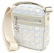 シャネル ポシェット シャネル バッグCHANEL  斜めがけショルダーバッグ シャンパンゴールドニュートラベルライン シルバー金具セミショルダーバッグ ポシェット30913 A30913鞄 かばん カバン
