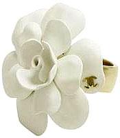 シャネル 指輪 CHANEL シャネル カメリアリングホワイト(金具:ライトゴールド) CCロゴ ココマーク #13指元のアクセントにA42399Y09711-Z2746指輪 RING 花