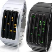 アルミニウム 腕時計(メンズ) 未来系LED腕時計 アルミケース メンズウォッチボイリングチューブ4本のチューブから光輝く数字で時間を表示アルマイトコーティング&ブラッシュマット仕上げアルミニウムシルバー ブラック×レッドLED ×グリーンLED ×オレンジLED ×イエローLED