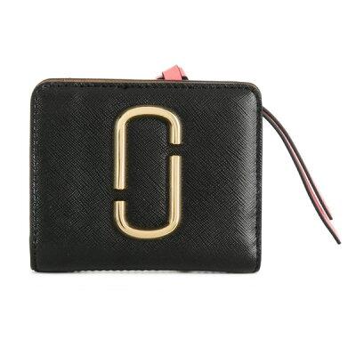 マークジェイコブス 二つ折り財布 M0013360 MARC JACOBS ★ Snapshot Mini Compact Wallet (BLACK/ROSE) スナップショット ミニ コンパクト 財布 (ブラック/ローズ) Snapshot Mini Leather Wallet 新作 正規品 アメリカ買付 レディース 財布