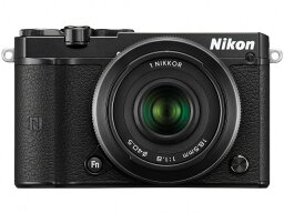 nikon 【ポイント5倍】ニコン デジタル一眼カメラ Nikon 1 J5 ダブルレンズキット [ブラック] [タイプ:ミラーレス 画素数:2081万画素(有効画素) 撮像素子:13.2mm×8.8mm/CMOS 連写撮影:60コマ/秒 重量:231g]